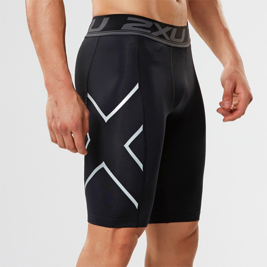 SAVE $$$ 2XUWomens Compression Shorts Black // Silver