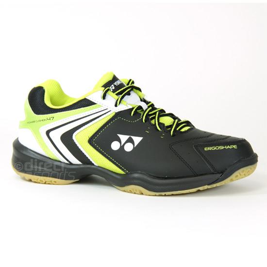 Nike Gum Sole Shoes For Badminton